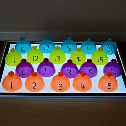 EY07317 Svjetlosna kutija - Ravrstavanje kupola abecede i brojeva